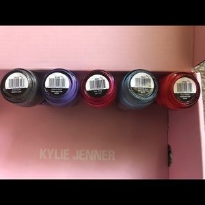 Kylie Cosmetics Makeup - Kylie Jenner nail polishes